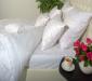 Белое однотонное постельное белье из натуральных тканей