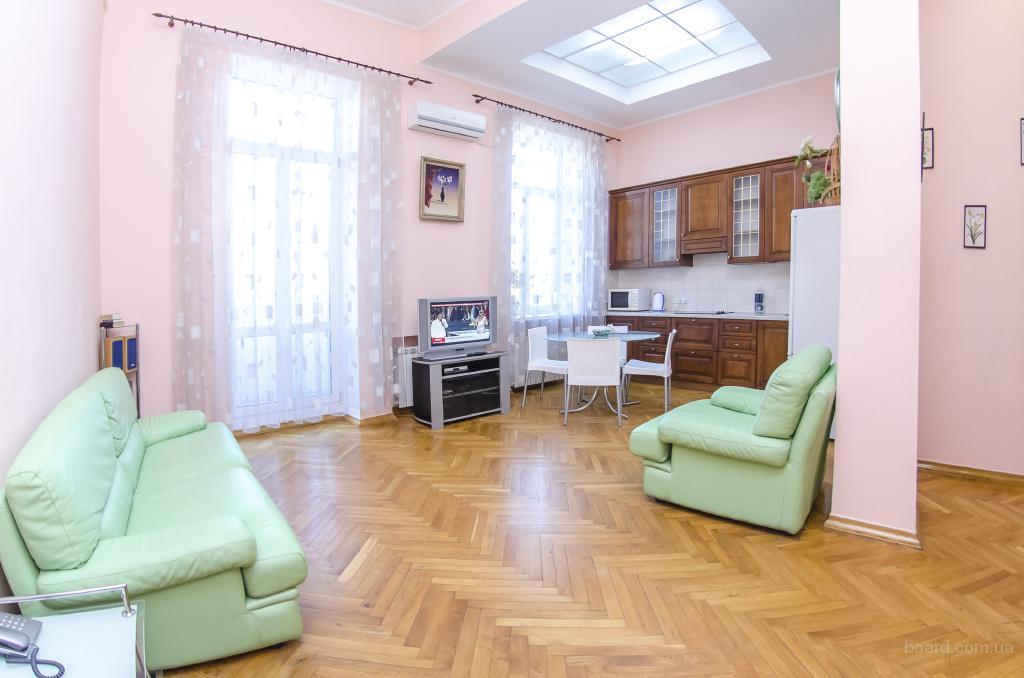Двухкомнатная квартира посуточно Киев на ул. Владимирская
