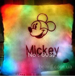 Подушка микки маус, светящаяся подушка-антистресс, Led подушка Mickey, купить оригинальный подарок на 8 марта, что подарить девушке на 8 марта.