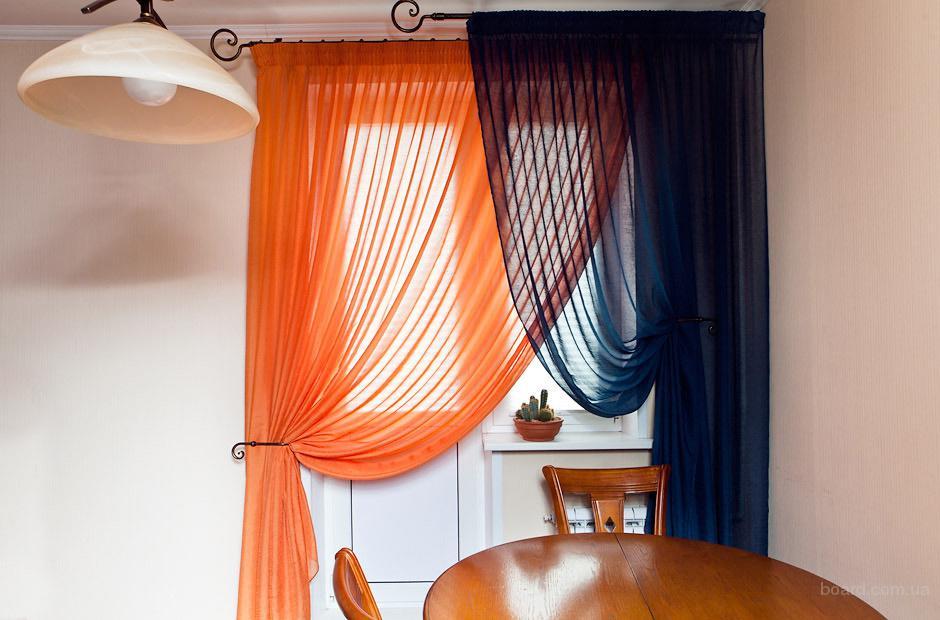 Занавески и красивые асимметричные шторы для кухни.