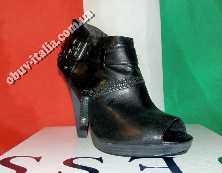 Ботильоны кожаные женские фирмы Guess оригинал Италия
