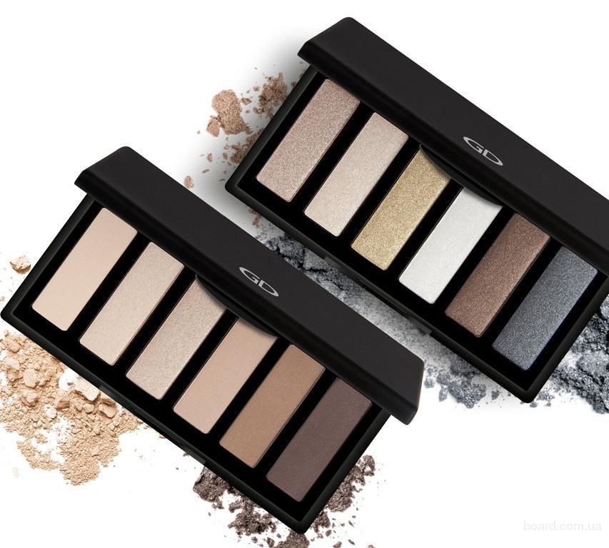 Косметический набор Basics eyeshadow palette GA-DE