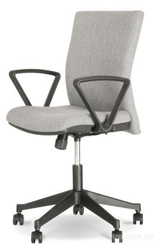 Офисное кресло Кубик