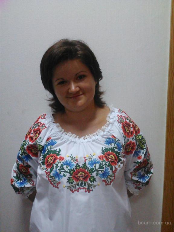 Блуза женская с украинским орнаментом