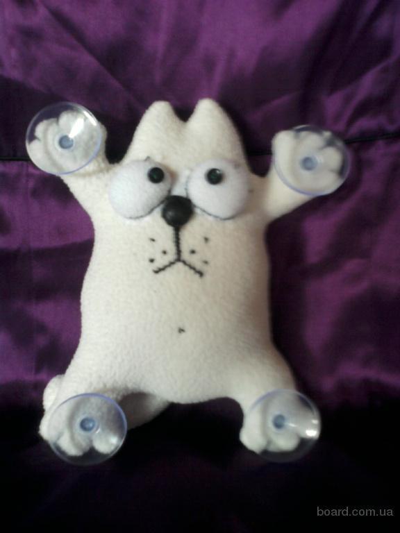 Мягкая игрушка кот Саймона ручной работы на присосках для автомобиля