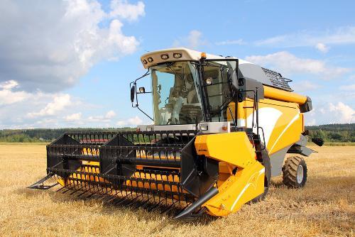 Услуги по уборке урожая зерновых