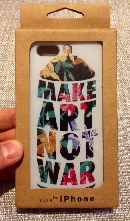 Чехол накладка make art not war на iPhone 5/5s