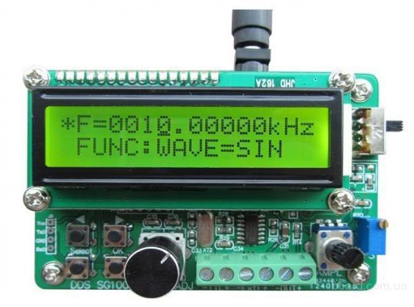 Генератор 0.01Гц - 5МГц c частотомером до 60MHz