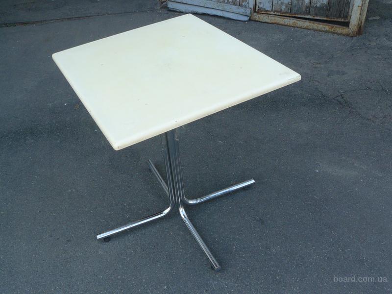 Продам б.у. столы для кафе, столовых на хромированной ноге.