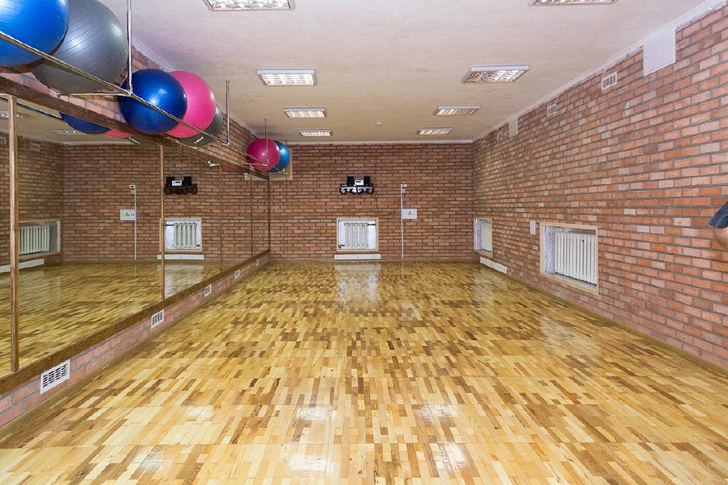 Предлагаем почасовую или длительную  аренду спортзала р-н Тяжилова, ул Ватутина