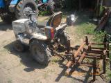 Продам мини-трактор ХТЗ Т-012