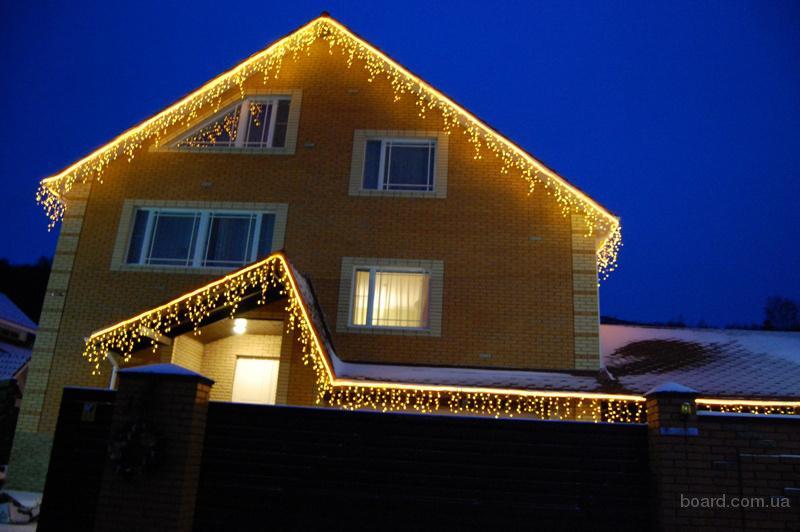 Новогодние украшения фасадов, праздничное оформление города. Монтаж световых гирлянд.