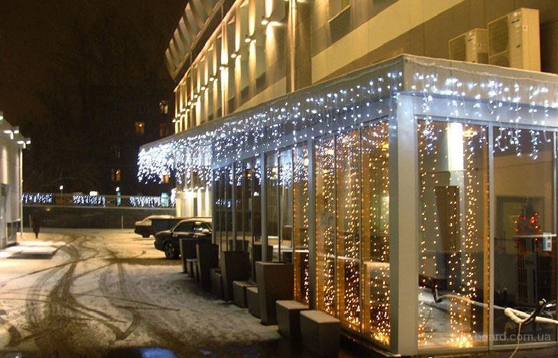 Новогоднее оформление фасадов, новогодняя подсветка. Монтаж световых гирлянд.