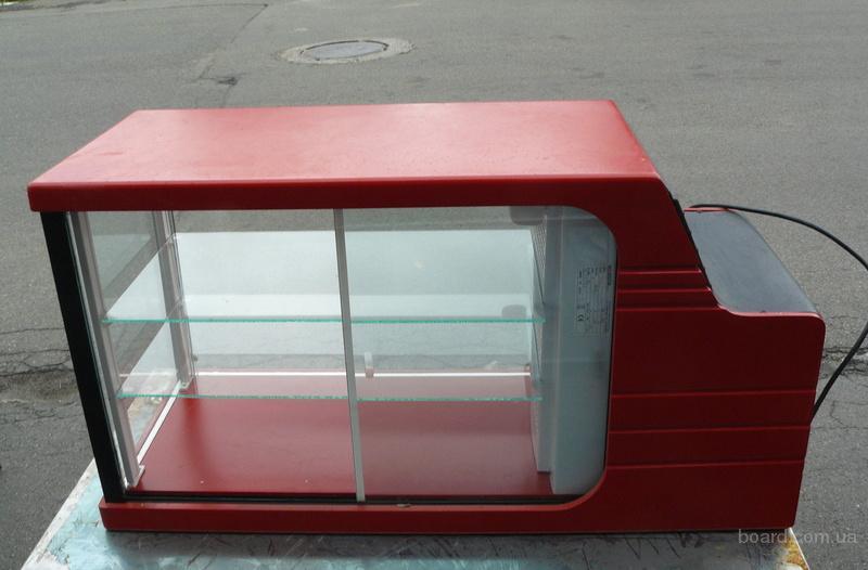 Продам б/у витрину кондитерскую для кафе, общепитов, ресторанов