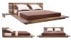 Кровать в японском стиле из дерева