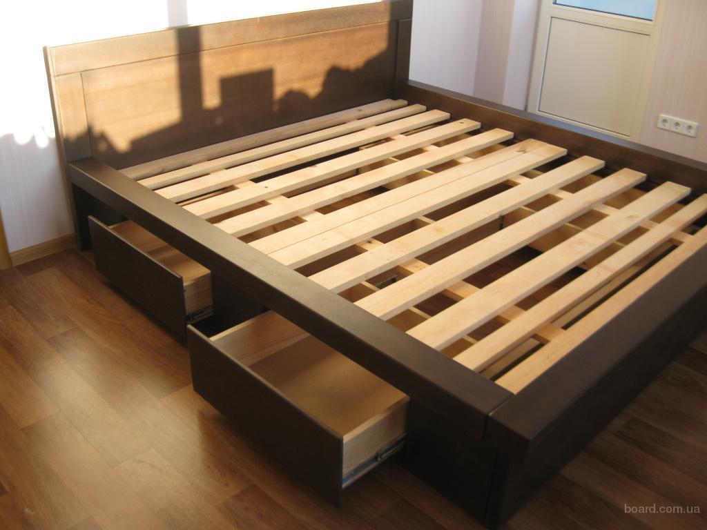 Кровать из дерева с 4-мя выдвижными ящиками