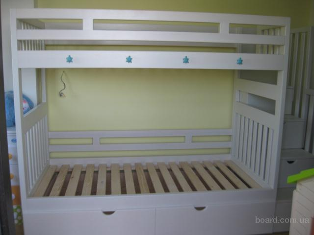 Детская деревянная кровать с ящиками