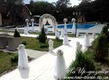 Прокат украшенной арки для выездной церемонии или зала