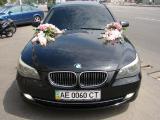 Аренда автомобилей, украшение свадебных авто