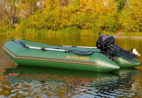 Надувная моторная лодка Колибри КМ-330