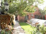Длительная аренда дома на Таирова, Одесса ул. Бабушкина, бассейн, уютный двор