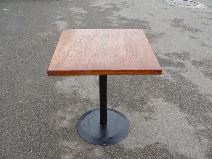 Продажа б/у столов на металлической ножке для кафе общественного питания.