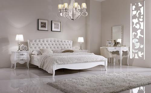 Белая кровать от европейского производителя