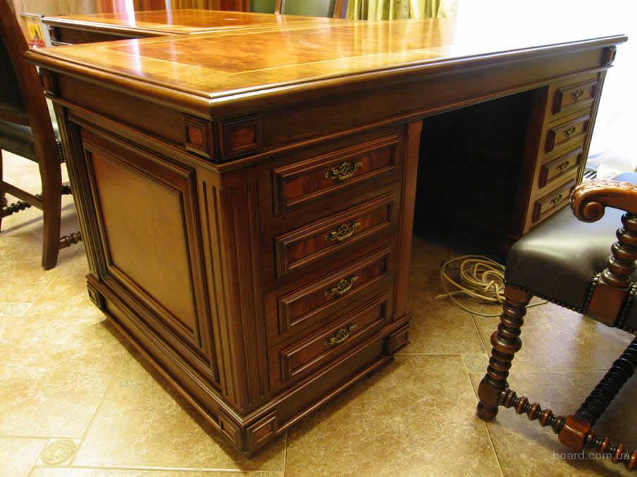 Массивный письменный стол из дерева 23