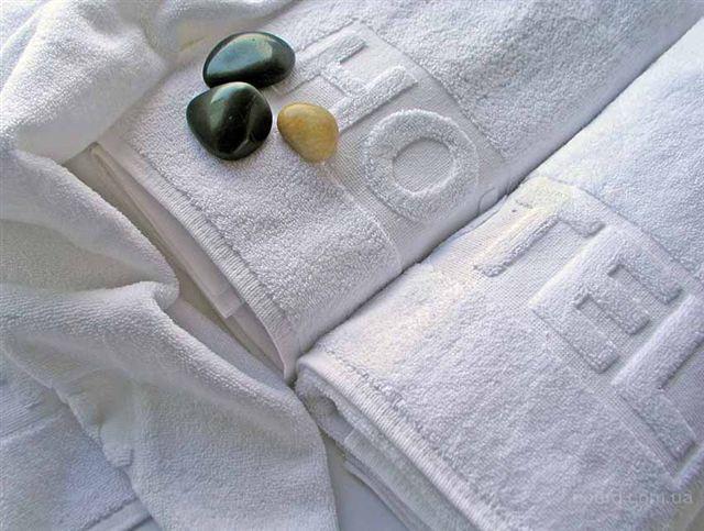 полотенца махровые белые