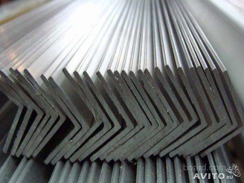 Продам уголок алюминиевый