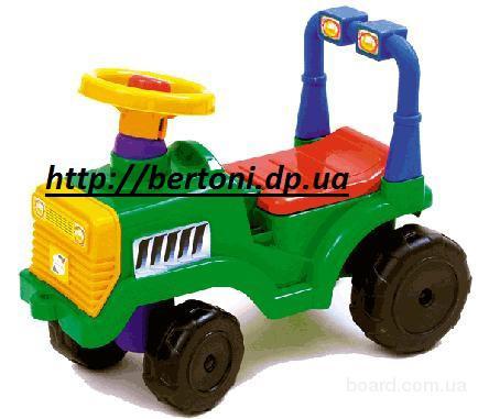 Детская каталка Трактор