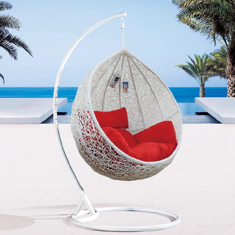Плетеное кресло-качель кокон Гарди.
