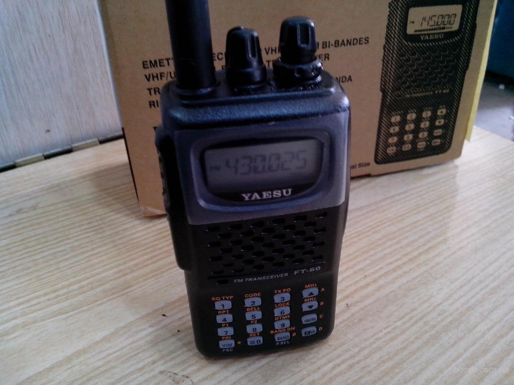 Рация, радиостанция Yaesu FT-60R