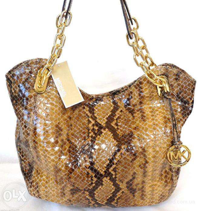 Продам стильную новую сумку Майкл Корс-Michael Kors Lilly (оригинал 1000%) в упаковке.