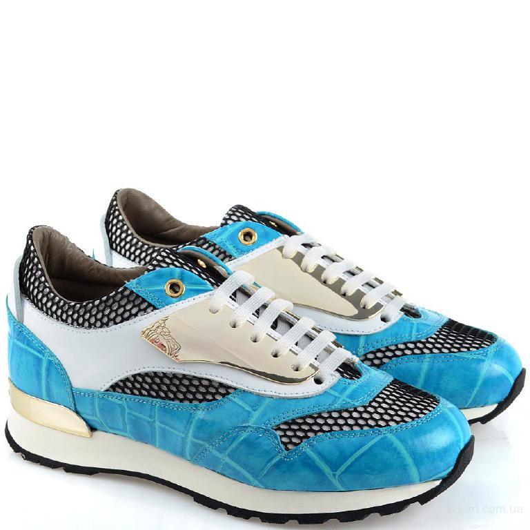 Женские кроссовки – модный взгляд на традиционную обувь