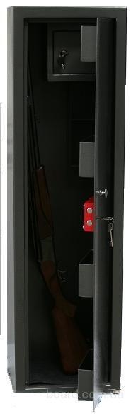 Сейф оружейный СЗ-110-11К на 2 ствола с трейзером от производителя Кремень ЛБ.