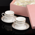 Набор чайных чашек с блюдцами