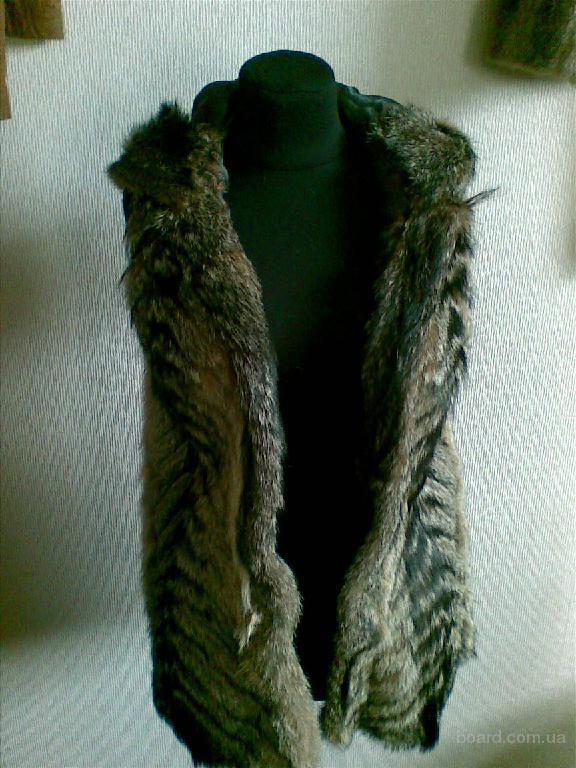 Продам жилет с капюшоном из натурального меха койота.