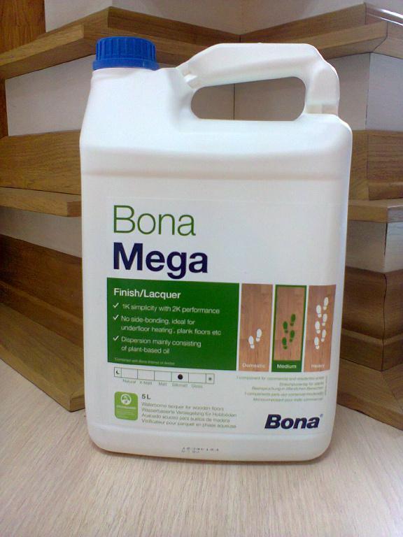 Лак для паркета Bona Mega (Швеция)