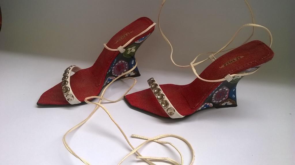 Босоножки на завязках Le Silla(оригинал)