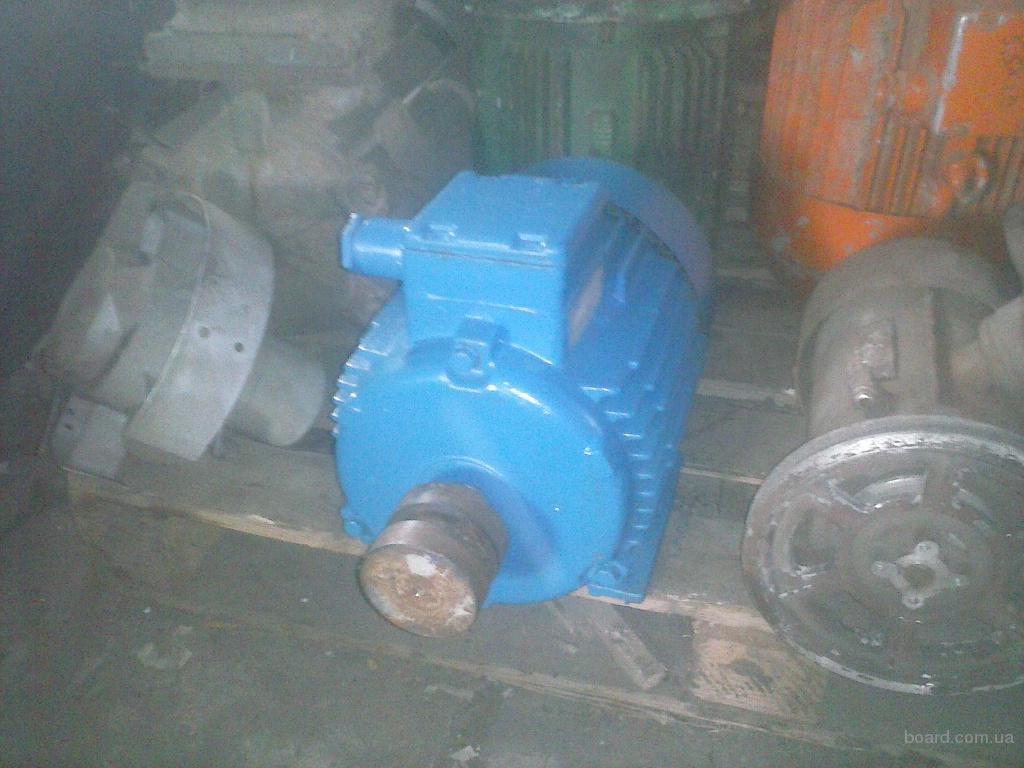 продам электродвигатель АИР 112М8 2.2 квт 710 об рабочий немотаный комплектный лапа