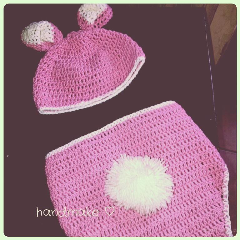 Розовый зайчик, комплект для новорожденного