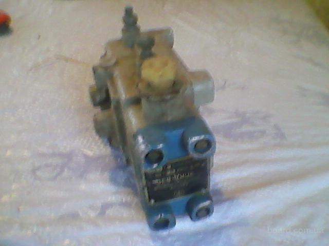 электропневматический клапан ЭПКД-ВЗТ4,ВЗГ . Предназначен для дистанционного управления пробковыми кранами, снабжёнными реверсивным пневматическим пор