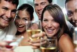 Причины популярности розыгрышей и сюрпризов