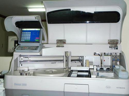 Иммуно электрохемилюминесцентный анализатор elecsys 2010 Roche