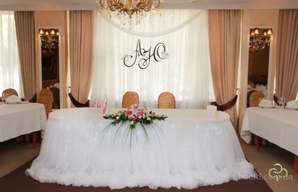 Украсим свадебный зал стильно и недорого Киев Прокат свадебного украшения для оформления зала  и церемонии – есть все!