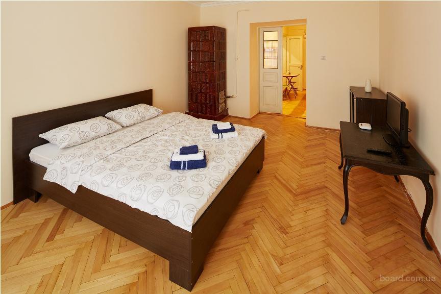 Чудова квартира, розташована у старовинному будинку в центрі міста Львова
