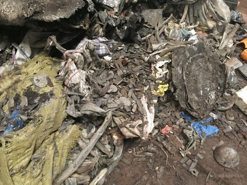 Прием отходов кусковых свинца сурьмянистого от производства кабельной оболочки