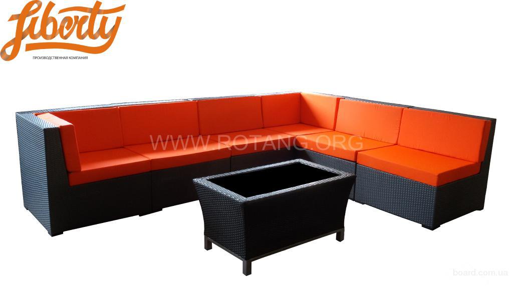 Угловой модульный диван из искусственного ротанга