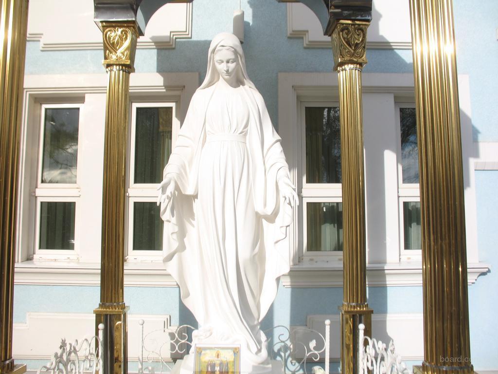 Скульптура Богородицы ( Божией матери )